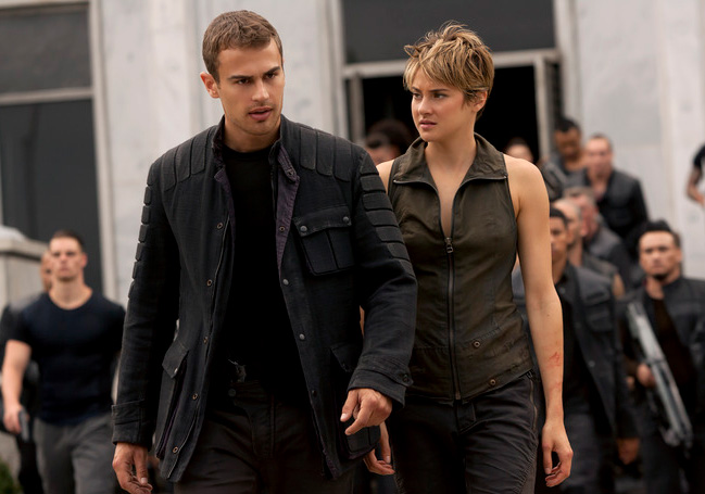 Theo James and Shailene Woodley in 'Insurgent'