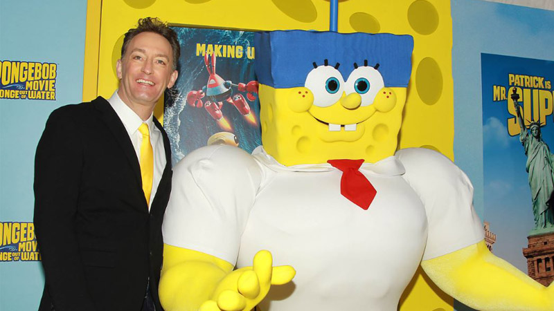 Tom Kenny and SpongeBob SquarePants (Photo: Paramount Pictures)