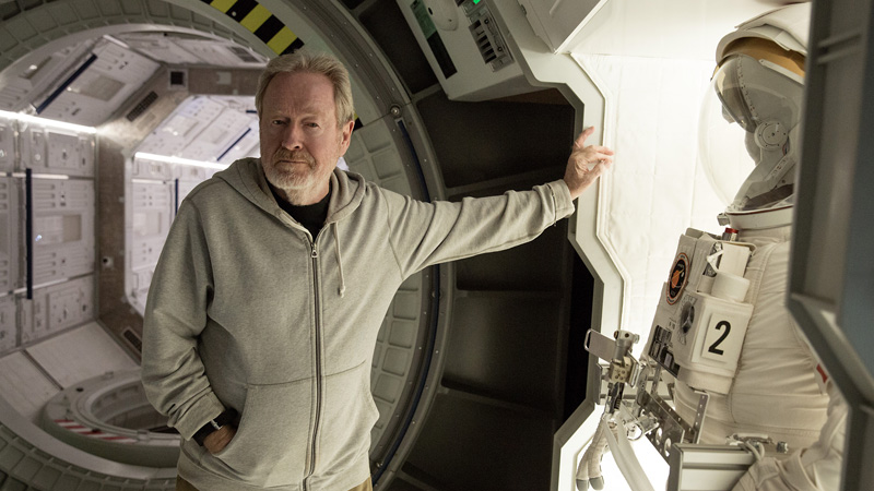 Ridley Scott on the set of 'The Martian' (20th Century Fox)