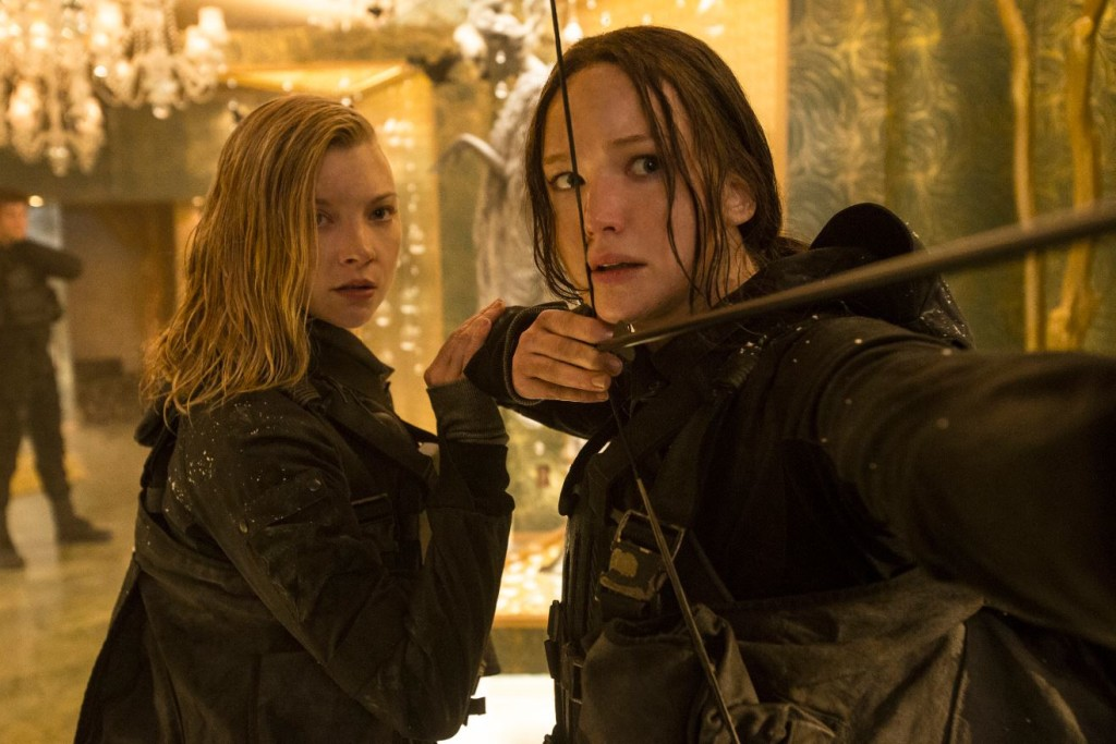Natalie Dormer and Jennifer Lawrence in 'Mockingjay Part 2'