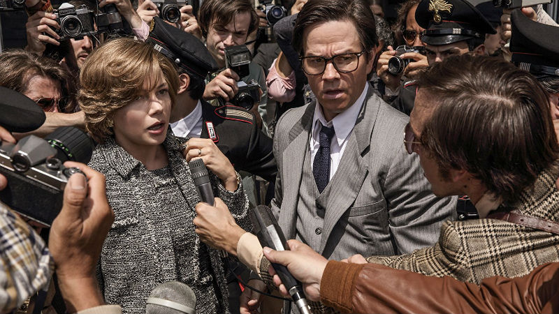 Michelle Williams and Mark Wahlberg in 'All the Money in the World' (photo Sony Pictures)